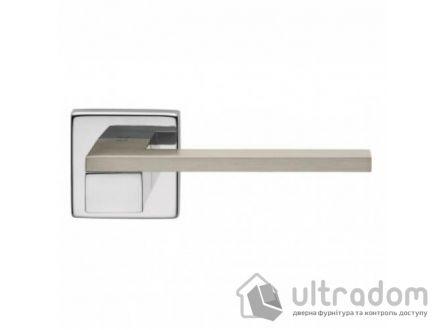 Дверная ручка DND by Martinelli ESA на квадратной розетке VIS хром-матовый хром
