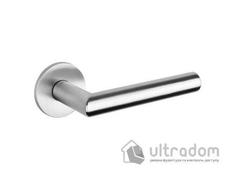 Дверная ручка TUPAI 5S 4002  на тонкой розетке