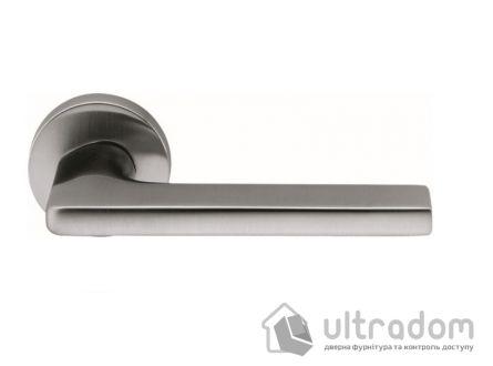 Дверная ручка Colombo Gira JM 11 матовый хром