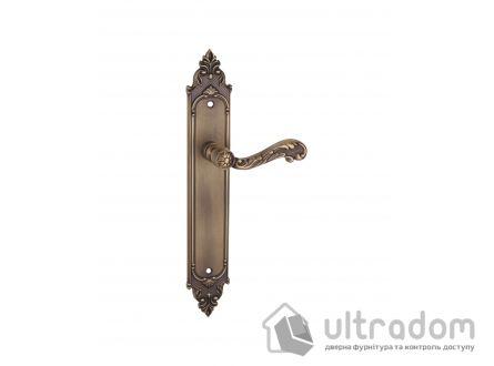 Дверная ручка на планке TUPAI 2284 Rococo