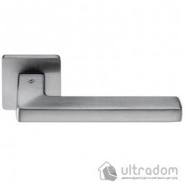 Дверная ручка COLOMBO Esprit BT 11 матовый хром image